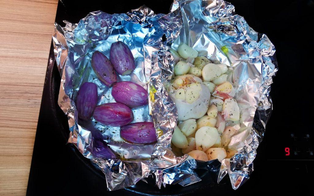 Pečený cesnak a šalotka - žltá kari pasta