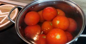 Lúpané paradajky do paradajkovej polievky